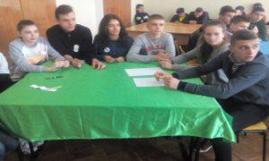 команда гімнастів, куратор Проненко Л.С.